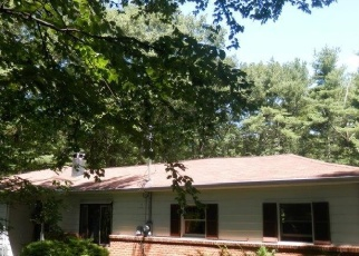 Foreclosed Home en FRENCHTOWN RD, Milford, PA - 18337