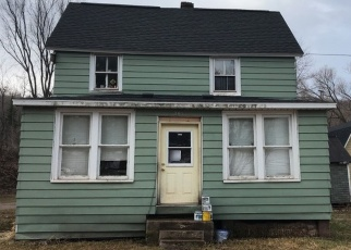 Foreclosed Home en S 4TH ST, Ishpeming, MI - 49849