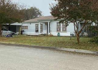 Foreclosed Home in ROCKWOOD DR, Fort Worth, TX - 76114