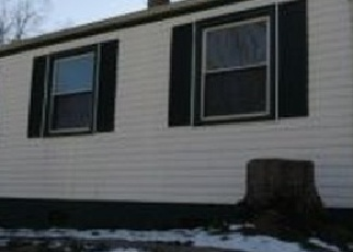 Foreclosed Home en ROCKLAND AVE NW, Roanoke, VA - 24012