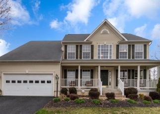 Foreclosed Home en COUNTRY MANOR DR, Fredericksburg, VA - 22406