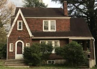 Foreclosed Home en RUTROUGH RD SE, Roanoke, VA - 24014