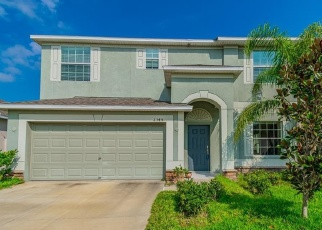 Foreclosed Home en DOVESONG TRACE DR, Ruskin, FL - 33570