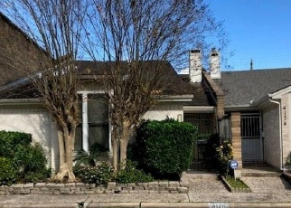 Foreclosed Home in MEYERWOOD DR, Houston, TX - 77025