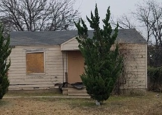 Foreclosed Home in GLENDALE AVE, Fort Worth, TX - 76106