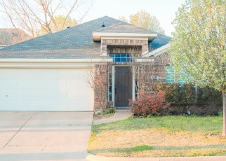 Foreclosed Home in SUMMER OAKS LN, Fort Worth, TX - 76123