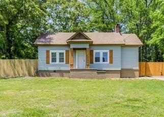 Foreclosed Home en AUSTIN DR, Decatur, GA - 30032