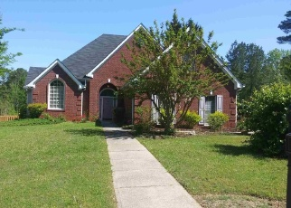 Foreclosed Home en BAYSIDE TRL, Stone Mountain, GA - 30087