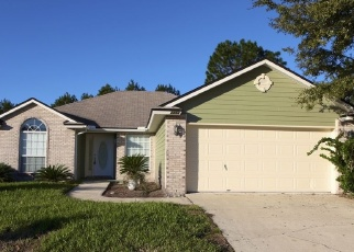 Foreclosed Home in COACHMAN LAKES DR, Jacksonville, FL - 32246