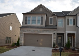 Foreclosed Home en TOWNSHIP CIR, Alpharetta, GA - 30004