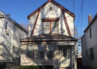 Casa en ejecución hipotecaria in Jamaica, NY, 11436,  142ND ST ID: S70177949