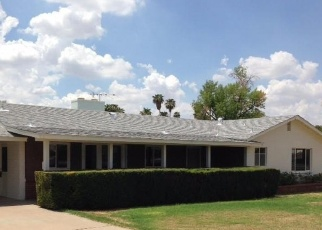 Foreclosed Home en W LOMA LN, Glendale, AZ - 85302