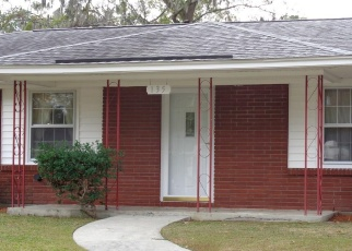 Foreclosed Home en BURBANK BLVD, Savannah, GA - 31419