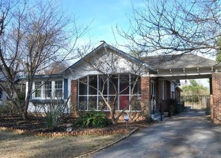 Foreclosed Home en PARKWOOD AVE, Macon, GA - 31210