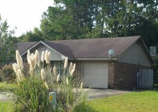 Foreclosed Home en DESERT STORM DR, Hinesville, GA - 31313