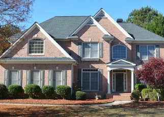 Foreclosed Home en GREEN BRANCH DR, Tyrone, GA - 30290