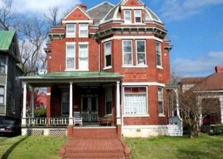 Foreclosed Home en HOLBROOK AVE, Danville, VA - 24541