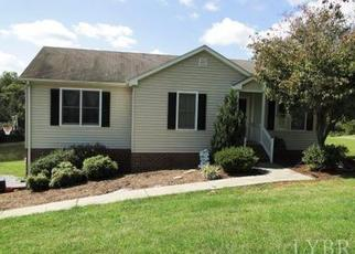 Foreclosed Home en ELK LAKE LN, Forest, VA - 24551
