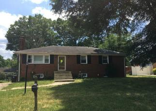 Foreclosed Home en TAFT RD, Temple Hills, MD - 20748