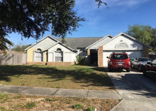 Foreclosed Home en HIGH LAKE DR, Orlando, FL - 32818