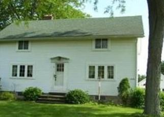 Foreclosed Home en WILLIS RD, Ypsilanti, MI - 48197