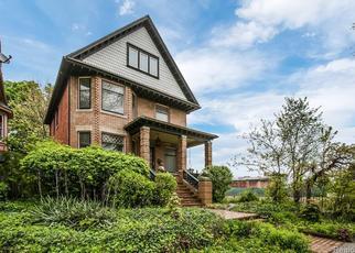 Foreclosed Home en AVERY ST, Detroit, MI - 48208