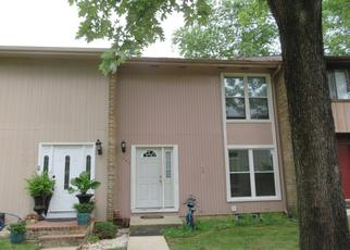 Foreclosed Home en CAMBRIDGE DR, Crofton, MD - 21114