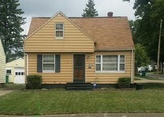 Casa en ejecución hipotecaria in Maple Heights, OH, 44137,  WATERBURY AVE ID: S70179750