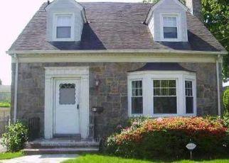 Casa en ejecución hipotecaria in Hempstead, NY, 11550,  CROWELL ST ID: S70181594