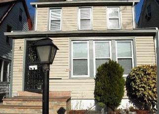Casa en ejecución hipotecaria in Queens Village, NY, 11429,  207TH ST ID: S70182840