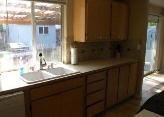 Casa en ejecución hipotecaria in Kent, WA, 98042,  SE 259TH ST ID: S70192391