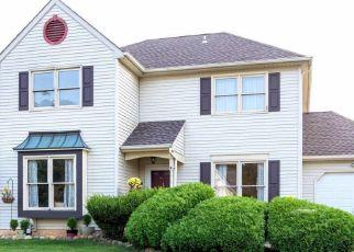 Casa en ejecución hipotecaria in Fairless Hills, PA, 19030,  PERENNIAL DR ID: S70196471
