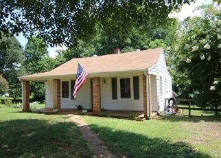 Casa en ejecución hipotecaria in Madison Heights, VA, 24572,  THOMAS RD ID: S70197330