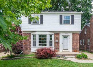 Casa en ejecución hipotecaria in Grosse Pointe, MI, 48236,  OXFORD RD ID: S70205334