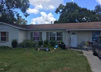 Casa en ejecución hipotecaria in Fruitland Park, FL, 34731,  HICKORY AVE ID: S70205451