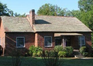 Foreclosure Home in Louisville, TN, 37777,  STARLITE RD ID: S70205937