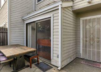 Casa en ejecución hipotecaria in Sacramento, CA, 95825,  HOOD RD ID: S70206153