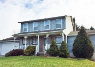 Casa en ejecución hipotecaria in Manchester, MD, 21102,  BROUGHAM CT ID: S70208375