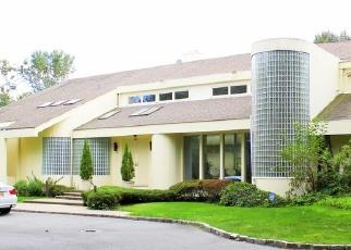 Casa en ejecución hipotecaria in Old Westbury, NY, 11568,  BACON RD ID: S70208800