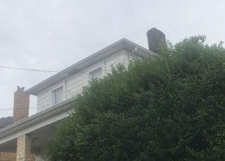 Casa en ejecución hipotecaria in Homestead, PA, 15120,  W LARKSPUR ST ID: S70214190