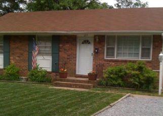 Casa en ejecución hipotecaria in Highland Springs, VA, 23075,  N NEW AVE ID: S70218256