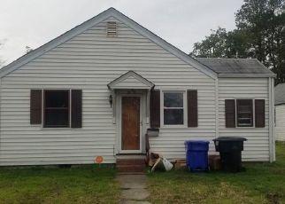 Casa en ejecución hipotecaria in Portsmouth, VA, 23702,  BARCLAY AVE ID: S70218329