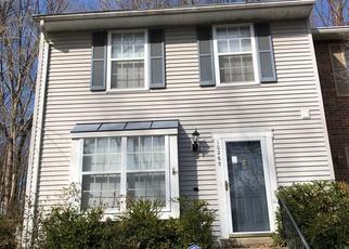 Casa en ejecución hipotecaria in Burke, VA, 22015,  QUIET POND TER ID: S70219078