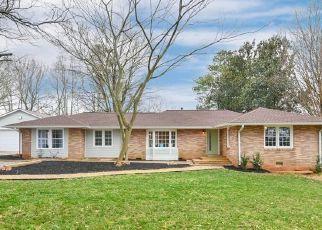 Casa en ejecución hipotecaria in Ball Ground, GA, 30107,  OLD FEDERAL RD ID: S70220376