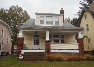 Casa en ejecución hipotecaria in Cleveland, OH, 44121,  OXFORD RD ID: S70227837