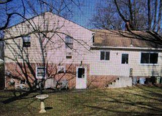 Casa en ejecución hipotecaria in Huntingdon Valley, PA, 19006,  MANOR RD ID: S70231280