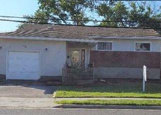 Casa en ejecución hipotecaria in Freeport, NY, 11520,  LAURETTE LN ID: 6125653