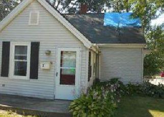 Casa en ejecución hipotecaria in Gardiner, ME, 04345,  OAK ST ID: 6294835