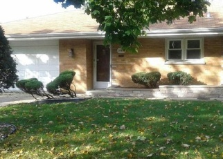 Foreclosed Home in BLACKSTONE AVE, Dolton, IL - 60419