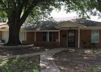 Casa en ejecución hipotecaria in Irving, TX, 75062,  BURNWOOD DR ID: 6308718